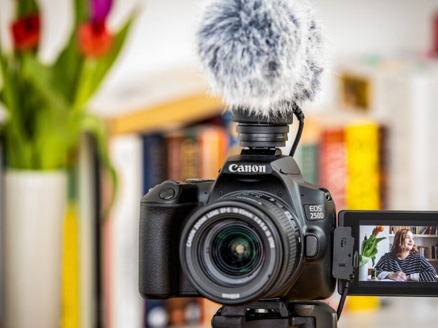 The Best Canon Camera For Vlogging